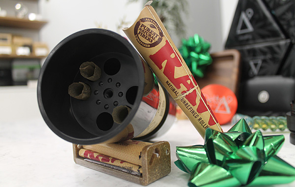 RAW Six Shooter – load up to 6 cones with a simple twist and shake!