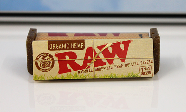 RAW joint roller and rolling papers