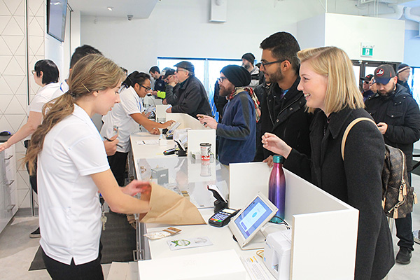 Happy customers at the St. Vital Delta 9 Cannabis Store